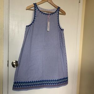 NWT Vineyard Vines Embroidered Swing Dress Size 6